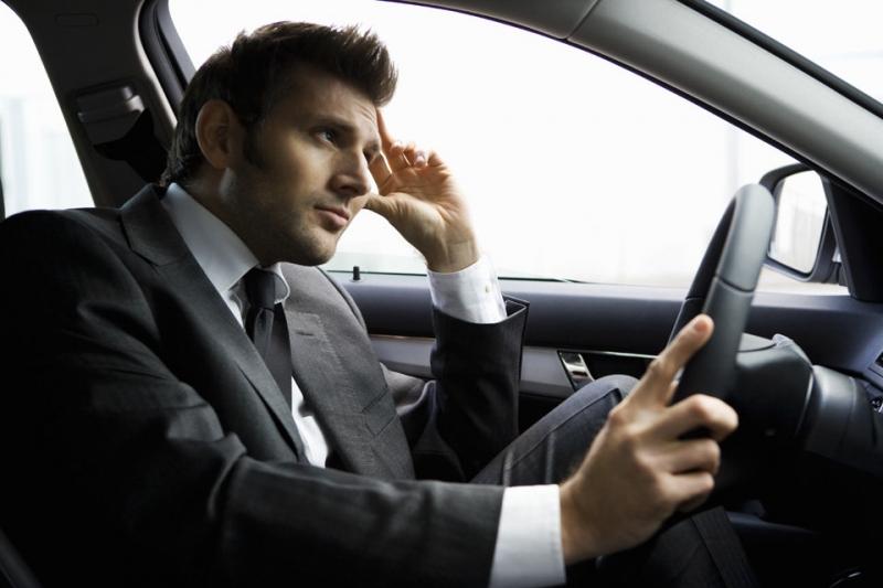 Требуется водитель в Сервисный центр